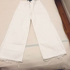 White Wide-leg Jeans with frayed bottoms